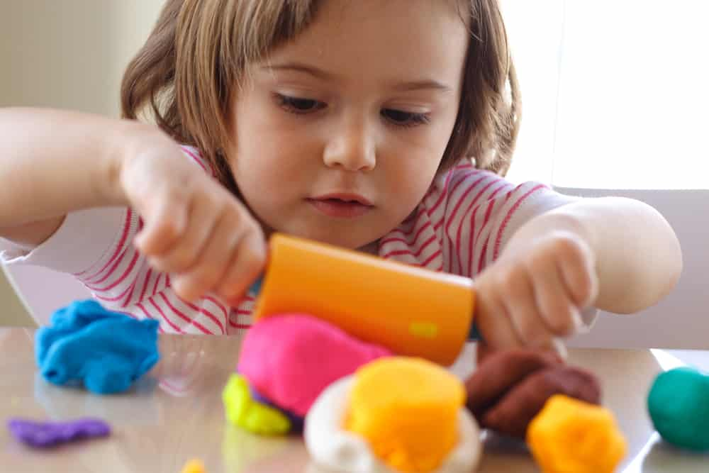 Using Art Projects to Teach Toddlers and Young Children Spatial Awareness Concepts