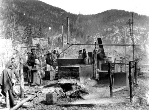 Native American smelting process for oolichan or eulachon fish, a source of healthy fats